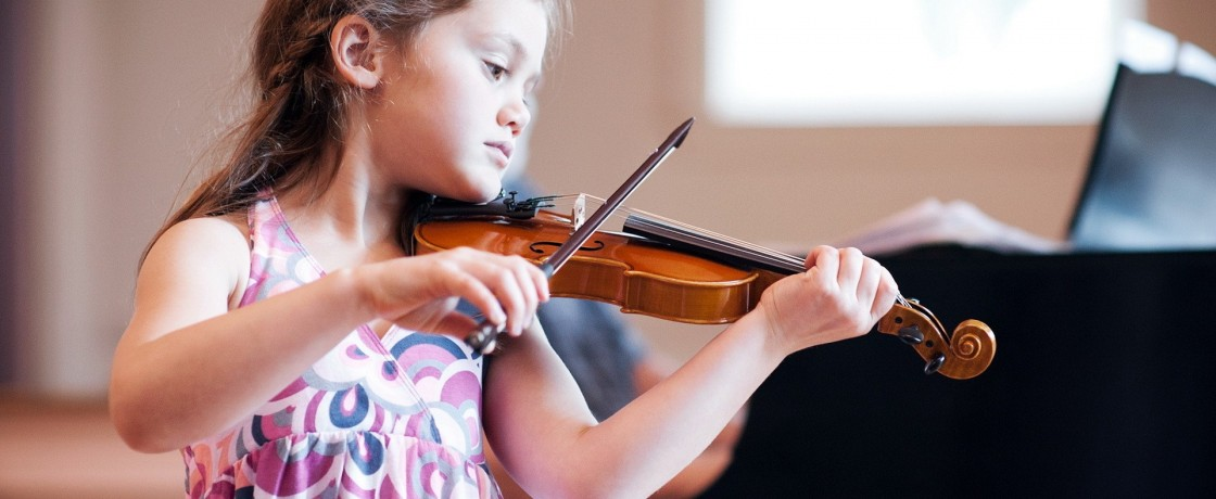 girl-child-violin-music1920x1200